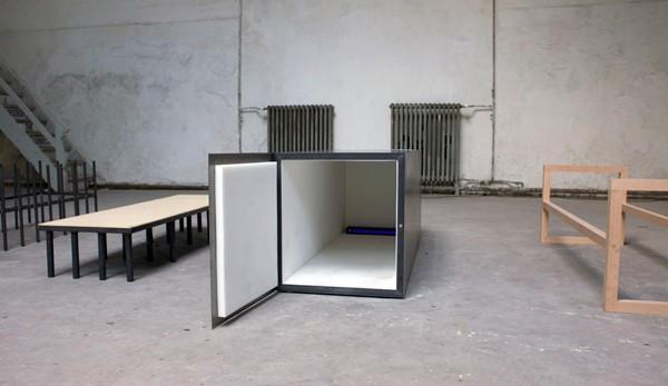 http://www.leagulddittehestelund.dk/files/gimgs/th-40_8_lille_-installation-view_j.jpg
